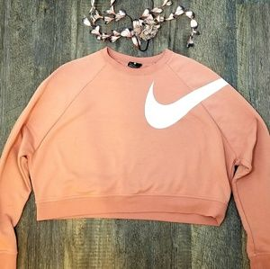 《Nike》Cropped Dri-fit Sweater